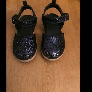 ❗Gently Used❗Oshkosh B'gosh Posh Glitter Clogs